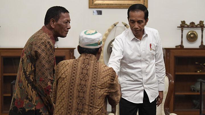 Pedagang Masuk Istana, Jokowi Berikan Bantuan Modal Rp 2,4 ...